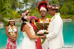 wedding at Bora Bora  - © Helene Havard